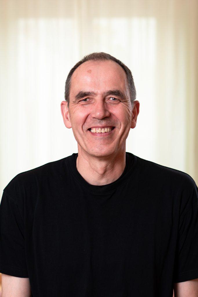 Yoga- und MBSR-Lehrer Jürgen Post